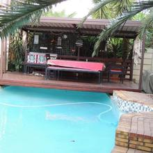 African Rose Guesthouse in Kempton Park