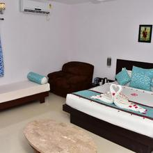 Ags Holiday Resorts in Jolarpettai