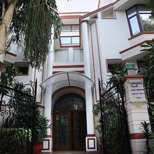 Ahuja Residency Dlf Phase 2 in Gurugram