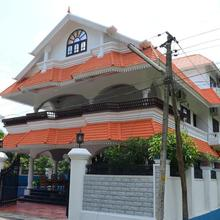 Airport Mansion in Angamali