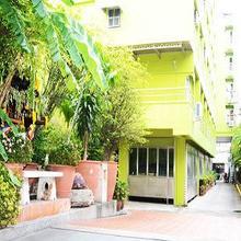 Aiya Residence & Sport Club BTS Budget Hotel in Bangkok
