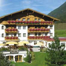 Aktiv & Vitalhotel Bergcristall in Juifenau