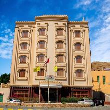 Al Ayjah Plaza Hotel in Sur