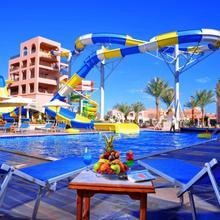 Albatros Aqua Park Resort in Al Ghardaqah