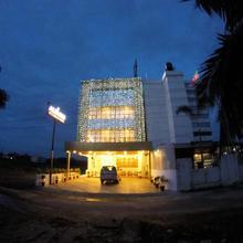 Alfa Inn in Angamali