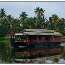 Alleppey House Boats in Alappuzha