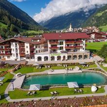 Alpeiner - Nature Resort Tirol in Neustift Im Stubaital