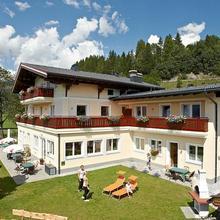 Alpenhof Apartments in Lengdorf