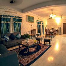 Alpha Land Service Apartment in Chennai