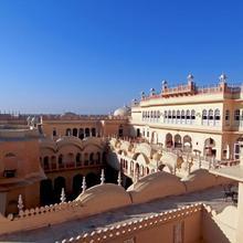 Alsisar Mahal- Heritage Hotel in Jhunjhunun