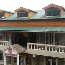 Ama Devi Homestay in Tung