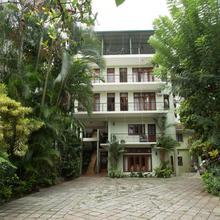 Amanda Hills in Kandy