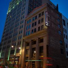 Ambassador Hotel Kansas City, Autograph Collection in Kansas City