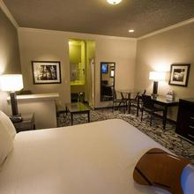 Americas Best Value Inn And Suites Granada Hills-los Angeles in San Fernando