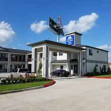 Americas Best Value Inn & Suites Houston-willowbrook in Houston