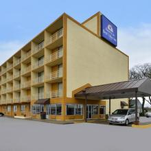 Americas Best Value Inn Cleveland Airport in Cleveland