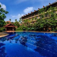 Angkor Paradise Hotel in Siemreab