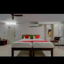 Anupama Hotel in Leligumma