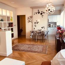 Apartment Living-saxe in Paris