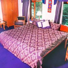 Apartment Room In Dharamkot, Dharamshala, By Guesthouser 17700 in Mcleodganj
