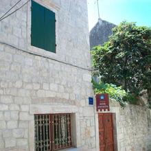 Apartments Ivica in Trogir