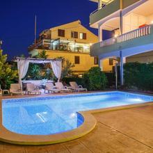 Apartments Kasalo in Trogir