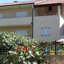 Apartments Nicole in Pinezici