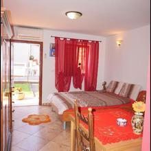 Apartments Nives Nb in Materada