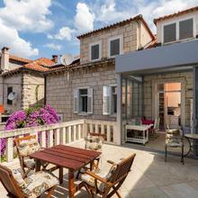 Apartments Van Gogh in Dubrovnik