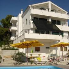 Apartments Villa Goja in Trogir
