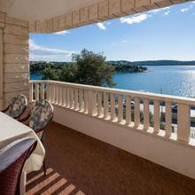 Apartments Villa Luxor in Trogir
