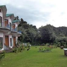 Apical Resort in Kota Bagh
