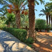 Apollonia Resort & Spa in Kamarion