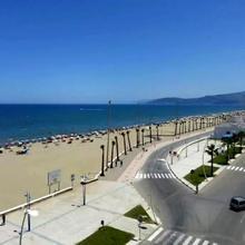 Appartement Luxueux Vue Sur Mer Pied Dans L'eau Région Tanger - Tetouan in Tetouan