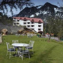 Apple Country Resorts in Manali