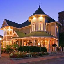 Apple Farm Inn in San Luis Obispo