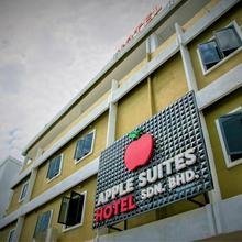 Apple Suites Hotel in Sitiawan