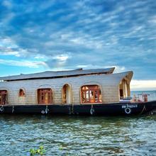 Aqua Castle Houseboat - By Aqua Jumbo Houseboats in Kottayam