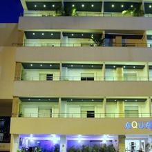 Aqua Granada Hotel in Cali