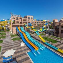 Aqua Vista Resort in Al Ghardaqah