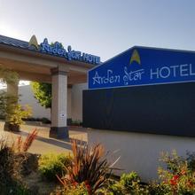 Arden Star Hotel in Sacramento