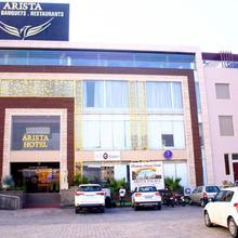 Arista Hotel in Kharar
