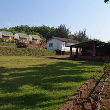 Arnav Resort in Ganpati Pule