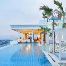 Art Deco Luxury Hotel & Residence in Bandung