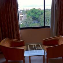 Hotel Ashirwad in Phursungi