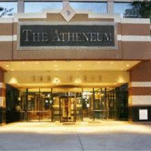 Atheneum Suite Hotel in Detroit