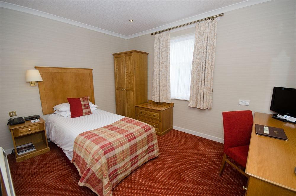 Atholl Hotel in Aberdeen