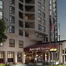 Atlanta Marriott Suites Midtown in Atlanta