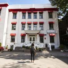 Auberge Hi Montreal Hostel in Montreal