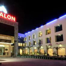 Avalon Hotel & Banquets in Sanand